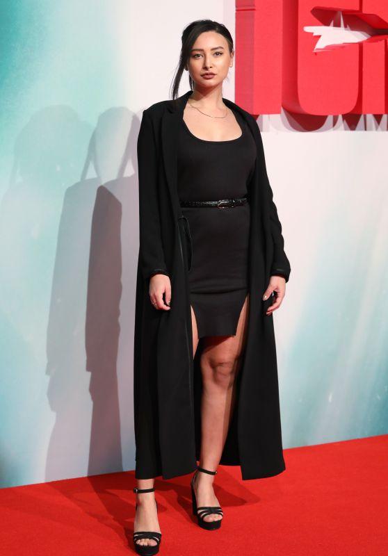 "Leah Weller – ""Tomb Raider"" Premiere in London"