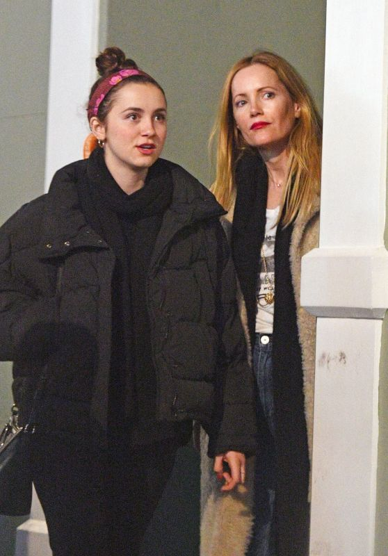 Leslie Mann and Her Daughter Maude Apatow - London 03/12/2018