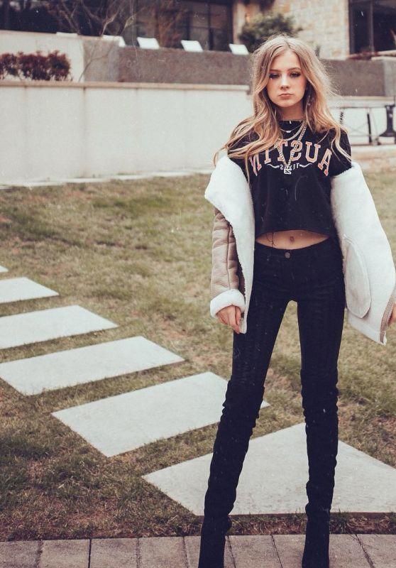 Lexi Drew – Social Media 03/12/2018