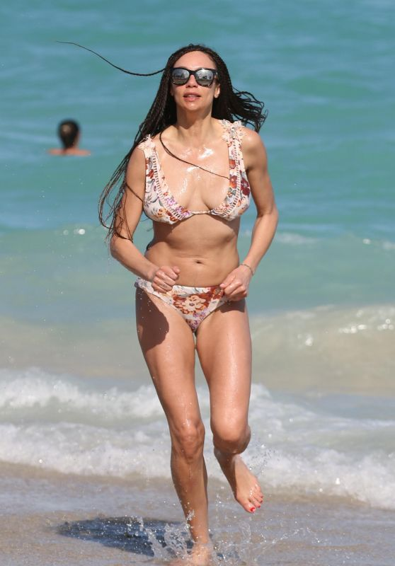 Lilly Becker in a Floral Print Bikini on the Beach in Miami