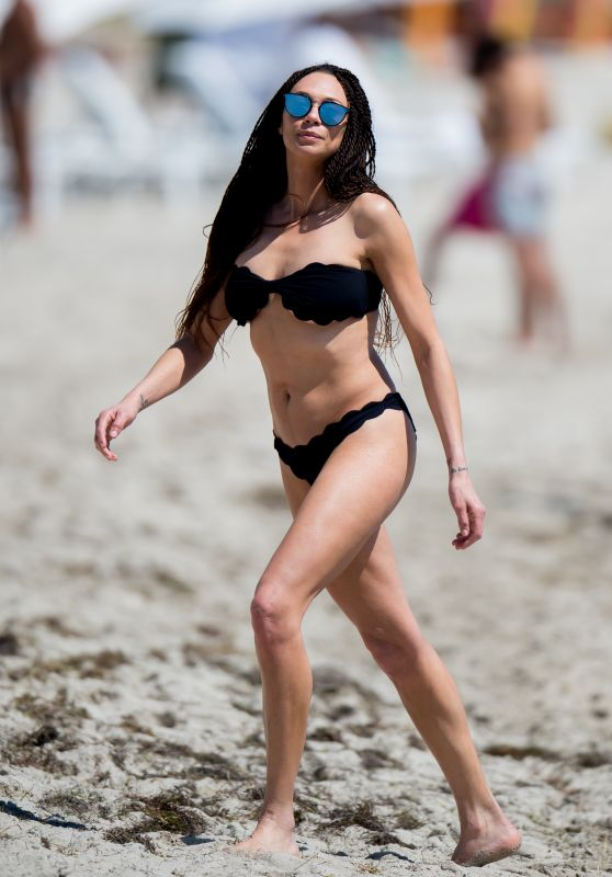 Lilly Becker in Bikini in Miami Beach 03/25/2018