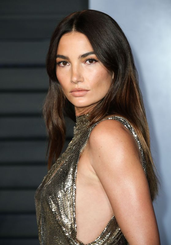 Lily Aldridge – 2018 Vanity Fair Oscar Party in Beverly Hills