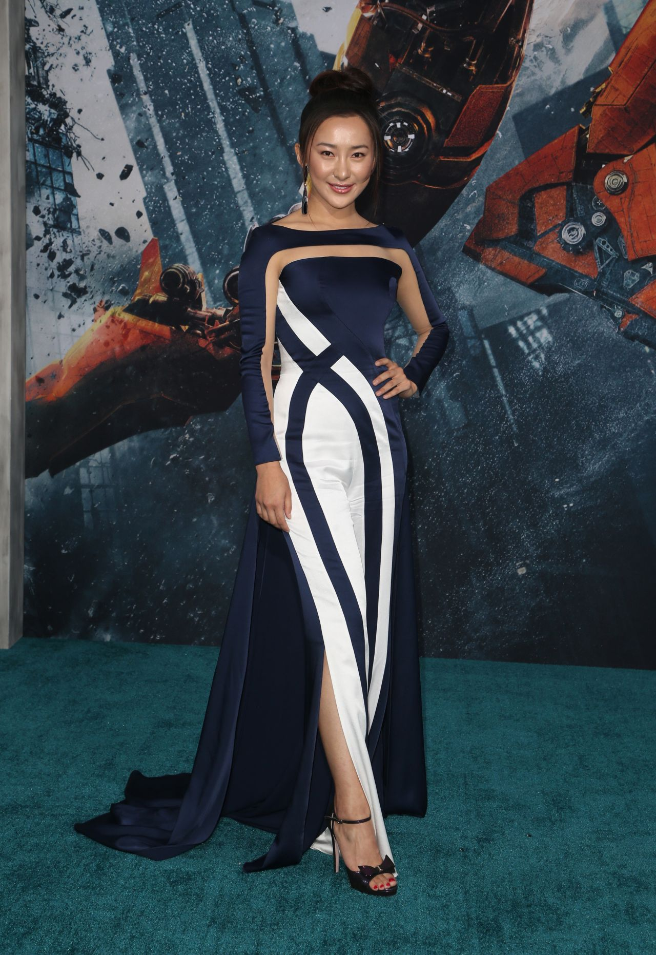 Lily Ji Pacific Rim Uprising Premiere In Hollywood
