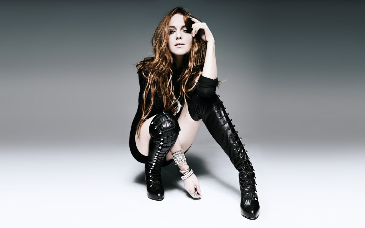 Lindsay lohan wallpapers 8 for High fashion meaning