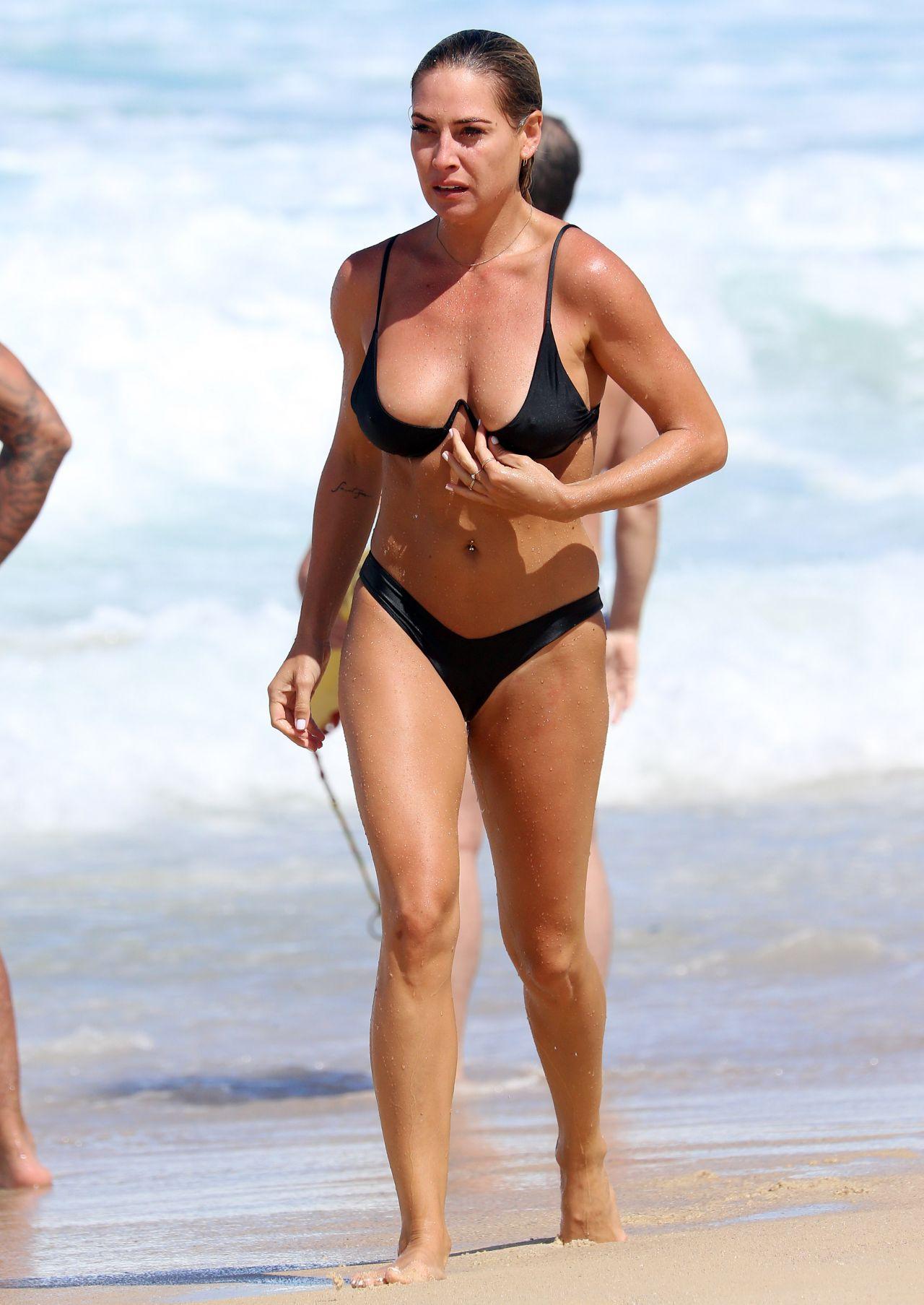 Lisa Clarke Nude Photos 28