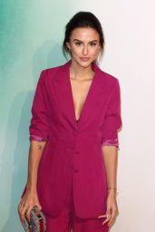 "Lucy Watson – ""Tomb Raider"" Premiere in London"