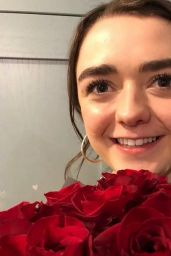 Maisie Williams – Social Media 03/21/2018