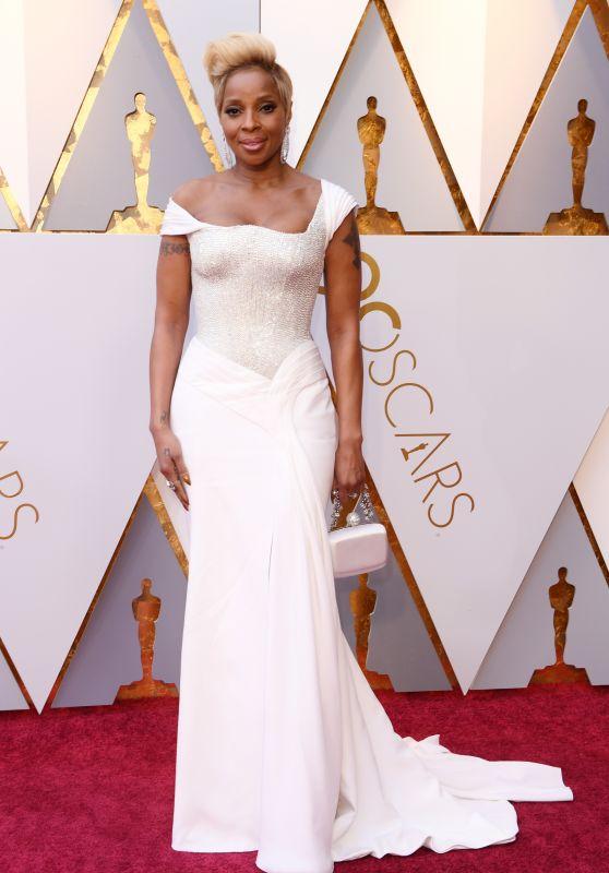 Mary J. Blige – Oscars 2018 Red Carpet