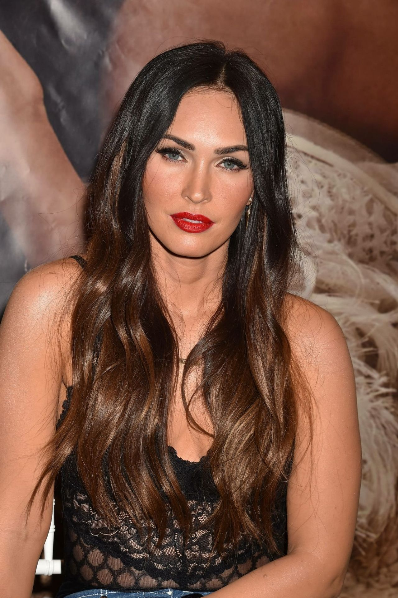 Megan Fox At Forever 21 In Glendale