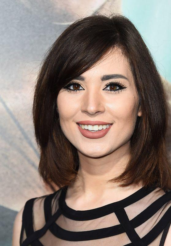 "Melonie Mac – ""Tomb Raider"" Premiere in Hollywood"