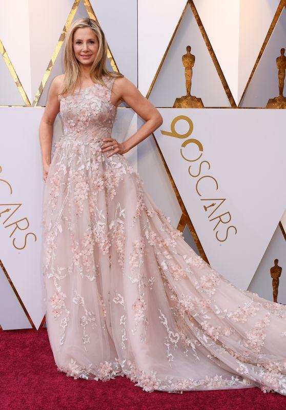 Mira Sorvino – Oscars 2018 Red Carpet