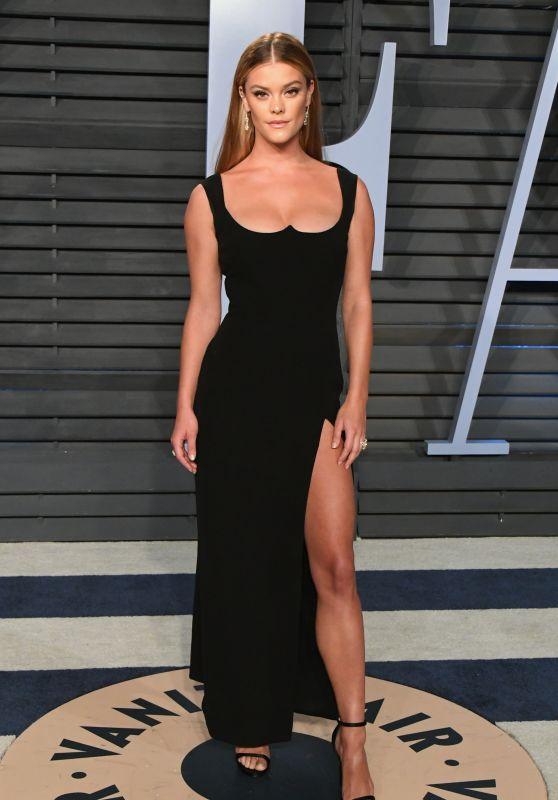 Nina Agdal – 2018 Vanity Fair Oscar Party in Beverly Hills