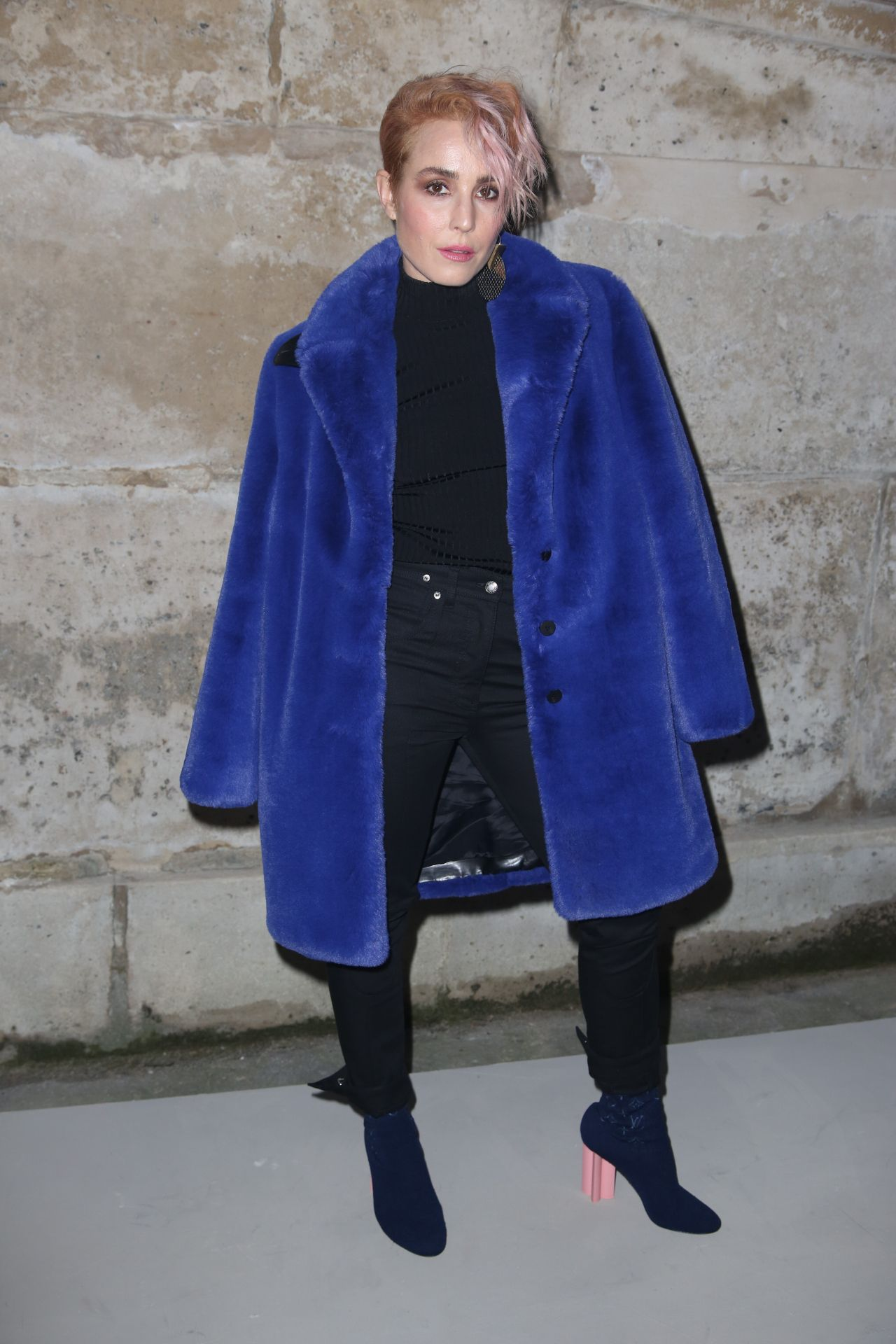 http://celebmafia.com/wp-content/uploads/2018/03/noomi-rapace-louis-vuitton-fashion-show-in-paris-03-06-2018-3.jpg