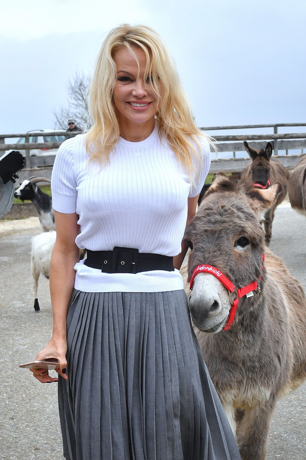 Pamela anderson at the easter market in gut aiderbichl in - Pamela anderson the people garden ...