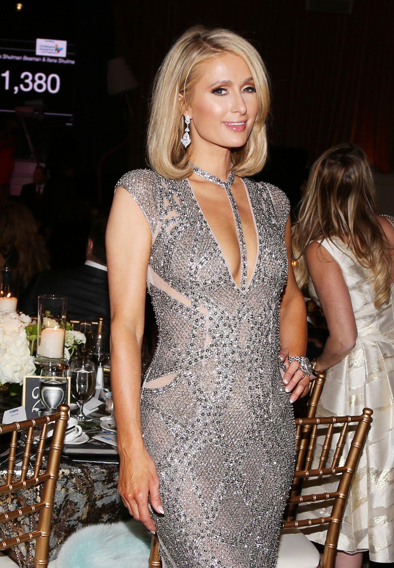 Paris Hilton Byron Allen S 2018 Oscar Gala Viewing Party