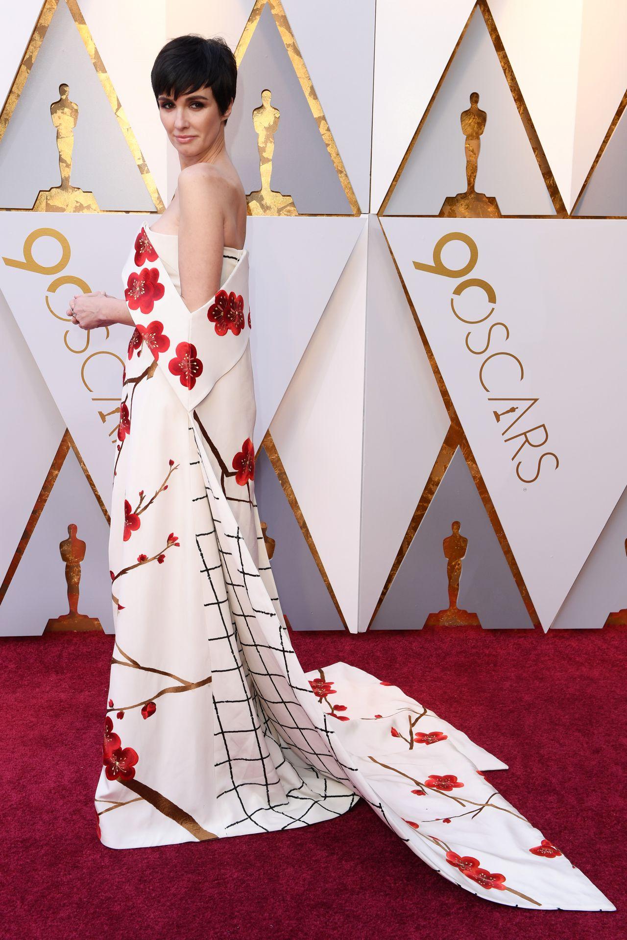 http://celebmafia.com/wp-content/uploads/2018/03/paz-vega-oscars-2018-red-carpet-0.jpg