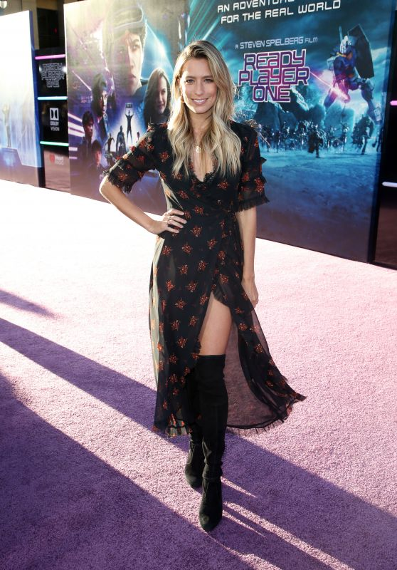 "Renee Bargh – ""Ready Player One"" Premiere in Los Angeles"