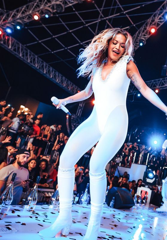 Rita Ora - Performs at BASE Dubai 03/11/2018