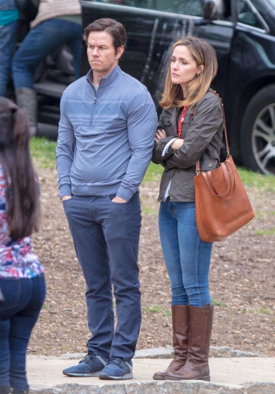 "Rose Byrne and Mark Wahlberg - ""Instant Family"" Set in Atlanta 03/27/2018"