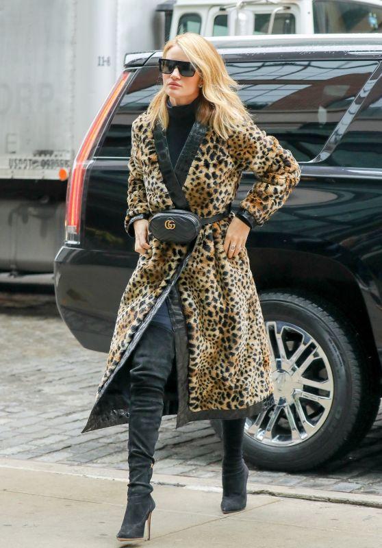 Rosie Huntington-Whiteley Looks Stylish in a Leopard Print Coat - NYC 03/29/2018