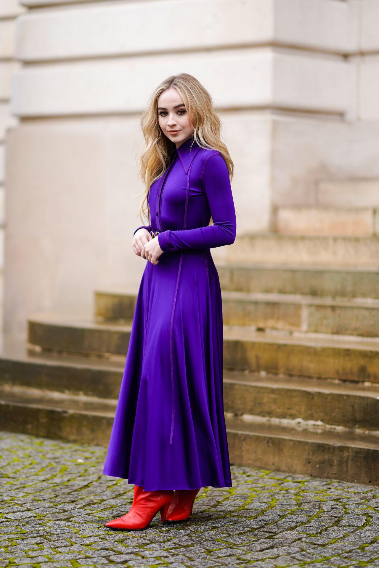 Sabrina Carpenter Nina Ricci Show Fw18 In Paris 03 02 2018