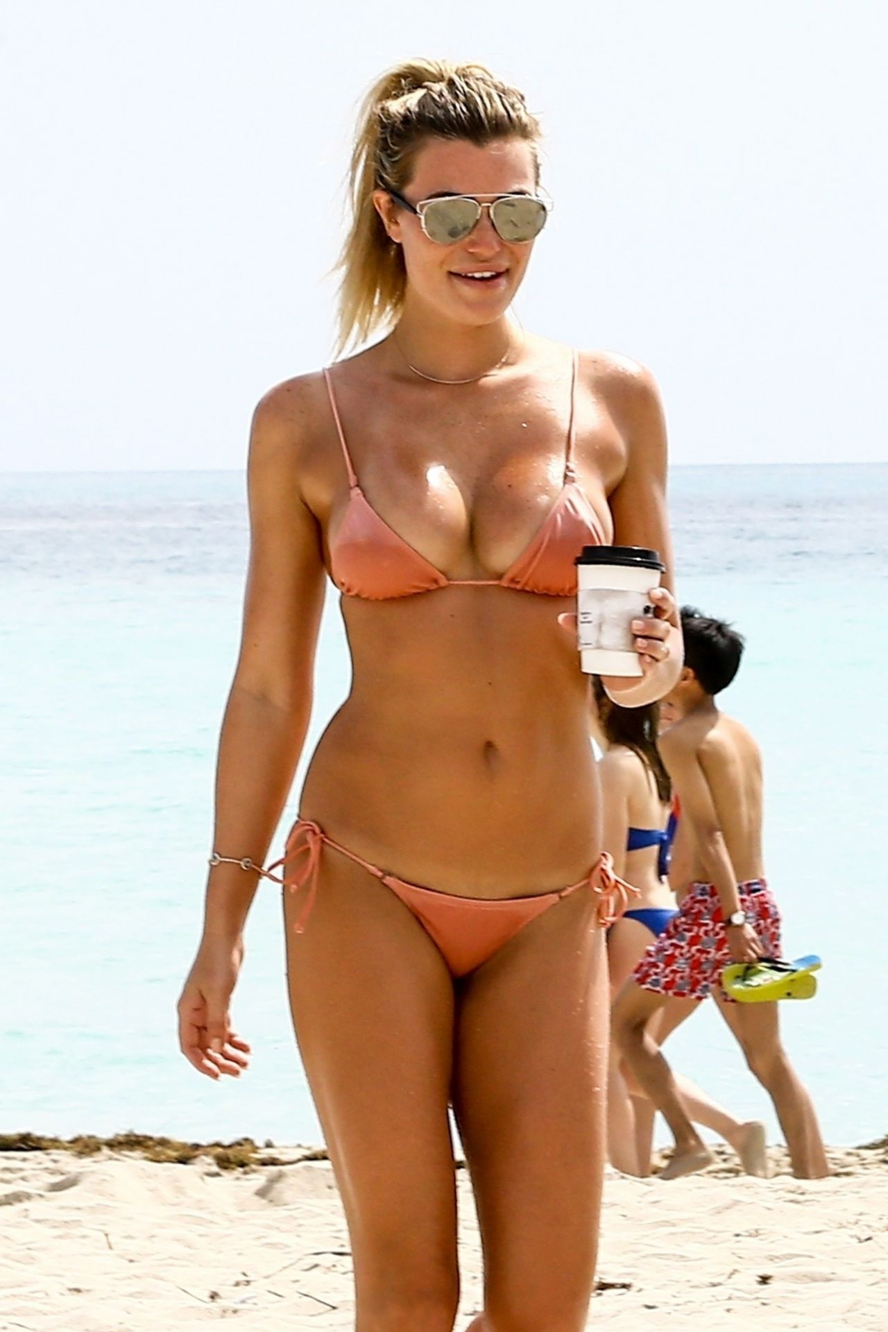 Samantha Hoopes In A Pink Bikini On The Beach In Miami 03 -4214