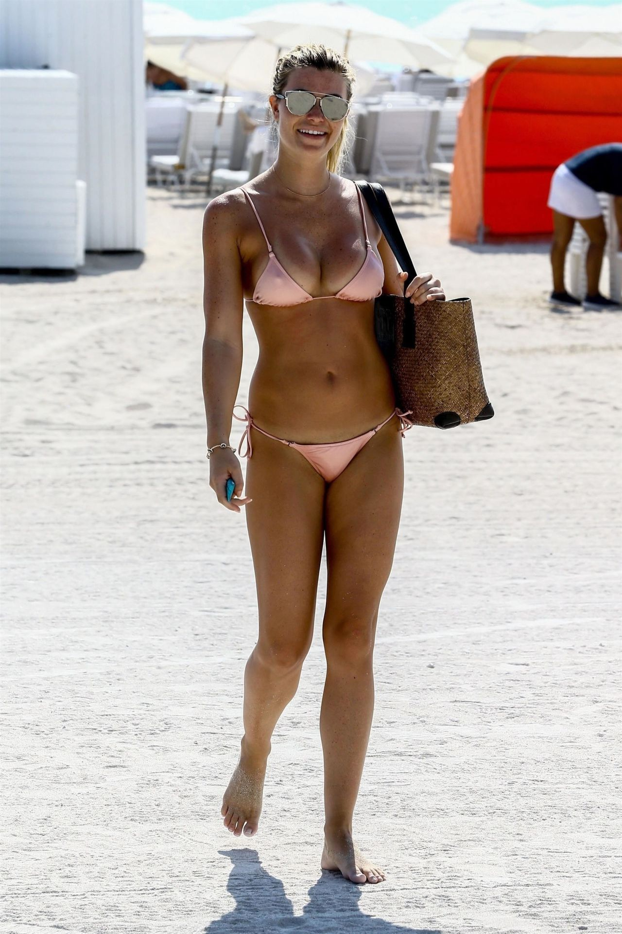 Samantha Hoopes In A Pink Bikini On The Beach In Miami 03