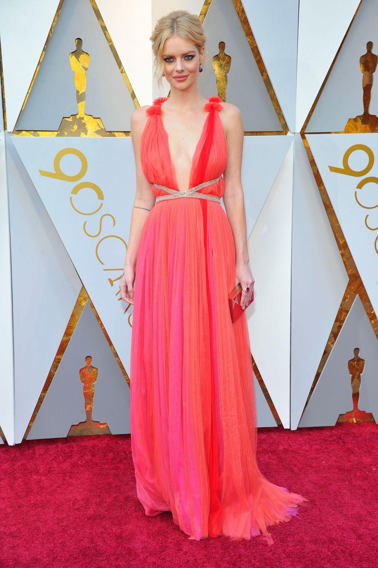 Samara Weaving Oscars 2018 Red Carpet