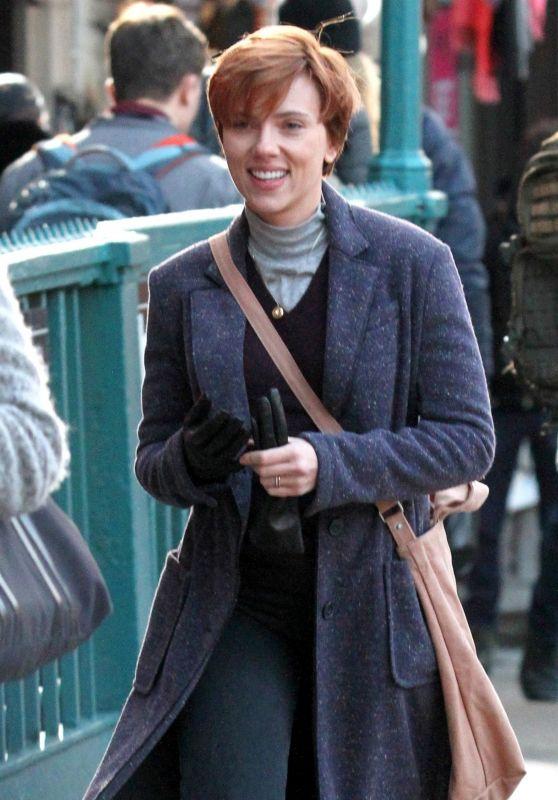 Scarlett Johansson - Filming Noah Baumbach