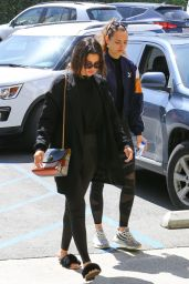 Selena Gomez Sports Wet Hair - Hollywood 03/29/2018