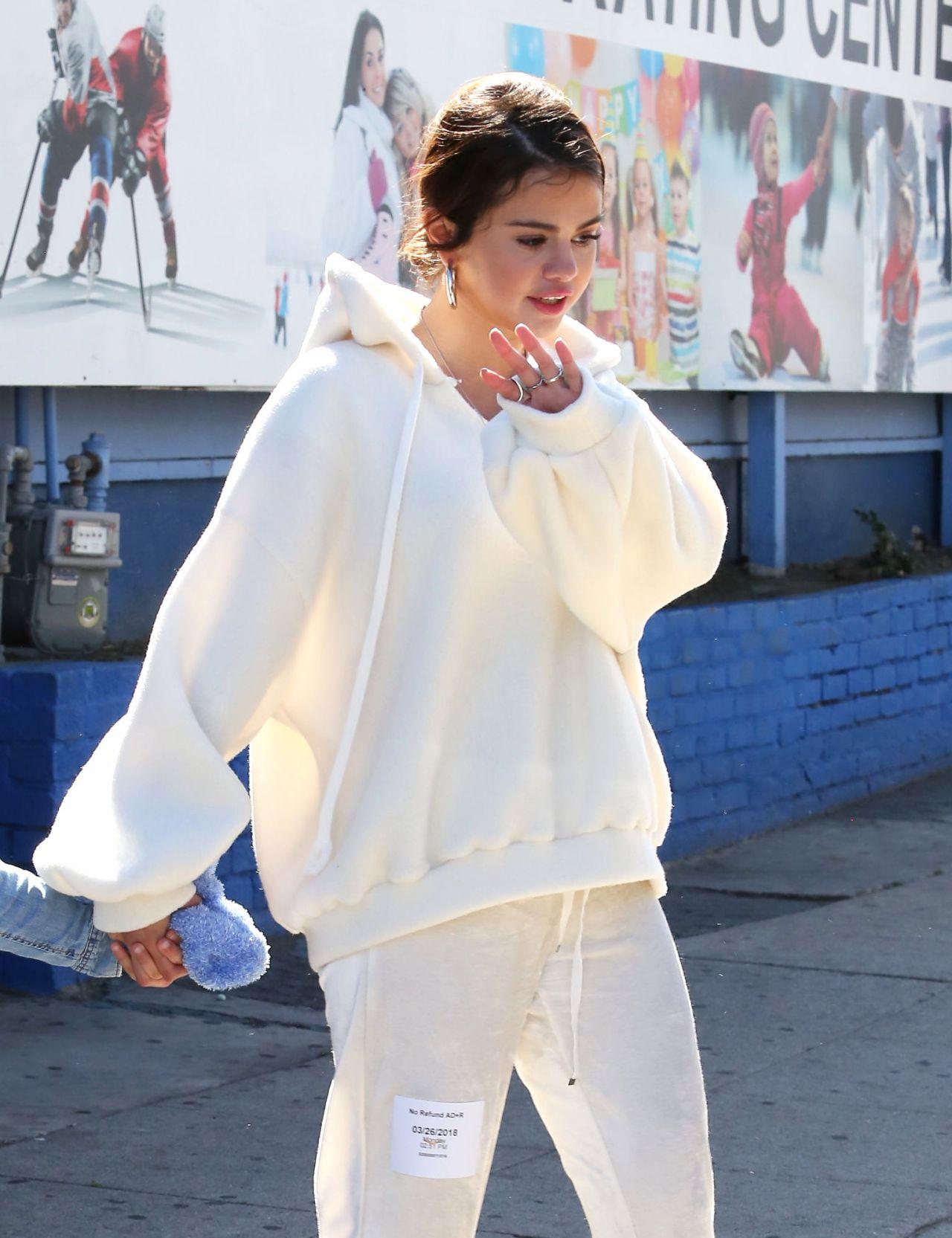 Selena Gomez Street Style Los Angeles 03 26 2018