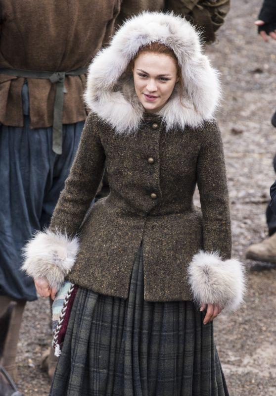 """Sophie Skelton - Filming """"Outlander"""" Season 4 in Dunure 03/06/2018"""