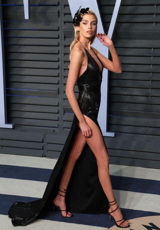 Stella Maxwell – 2018 Vanity Fair Oscar Party in Beverly Hills