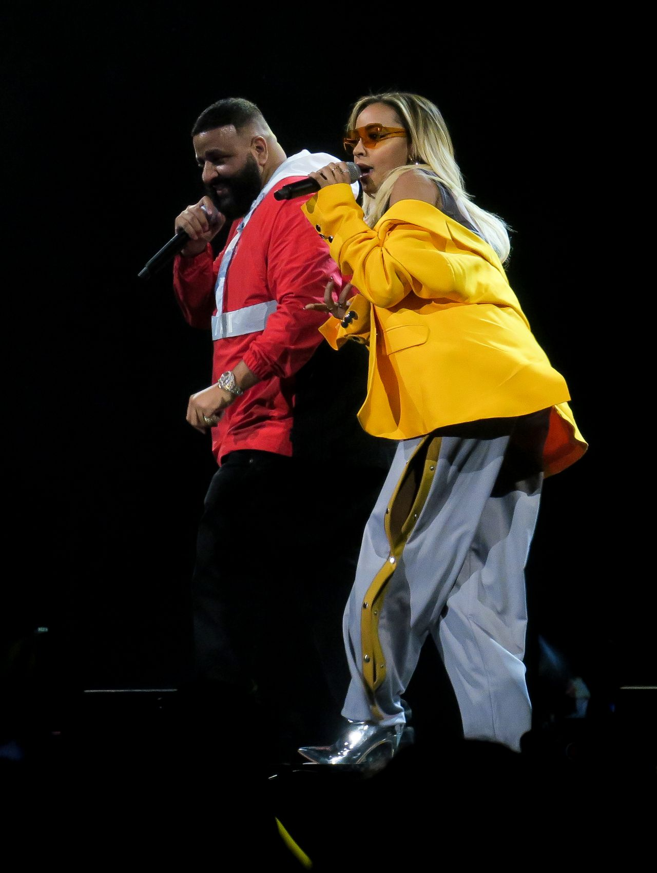 Tinashe On Stage With Dj Khaled At The Forum In Los Angeles