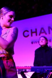 Tove Lo Performing Live - Chanel Pre-Oscars Event in Los Angeles