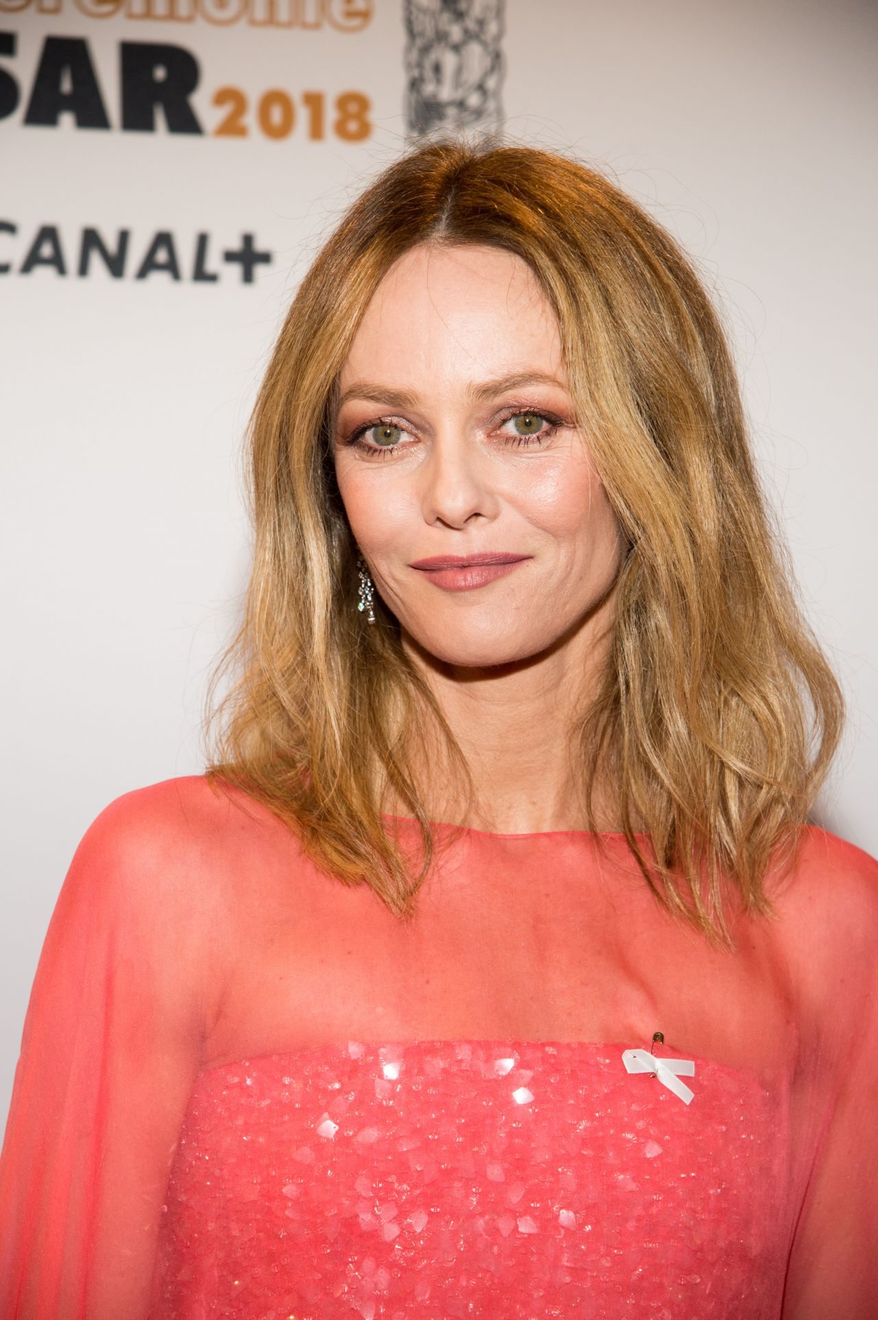 vanessa paradis cesar film awards 2018 in paris. Black Bedroom Furniture Sets. Home Design Ideas