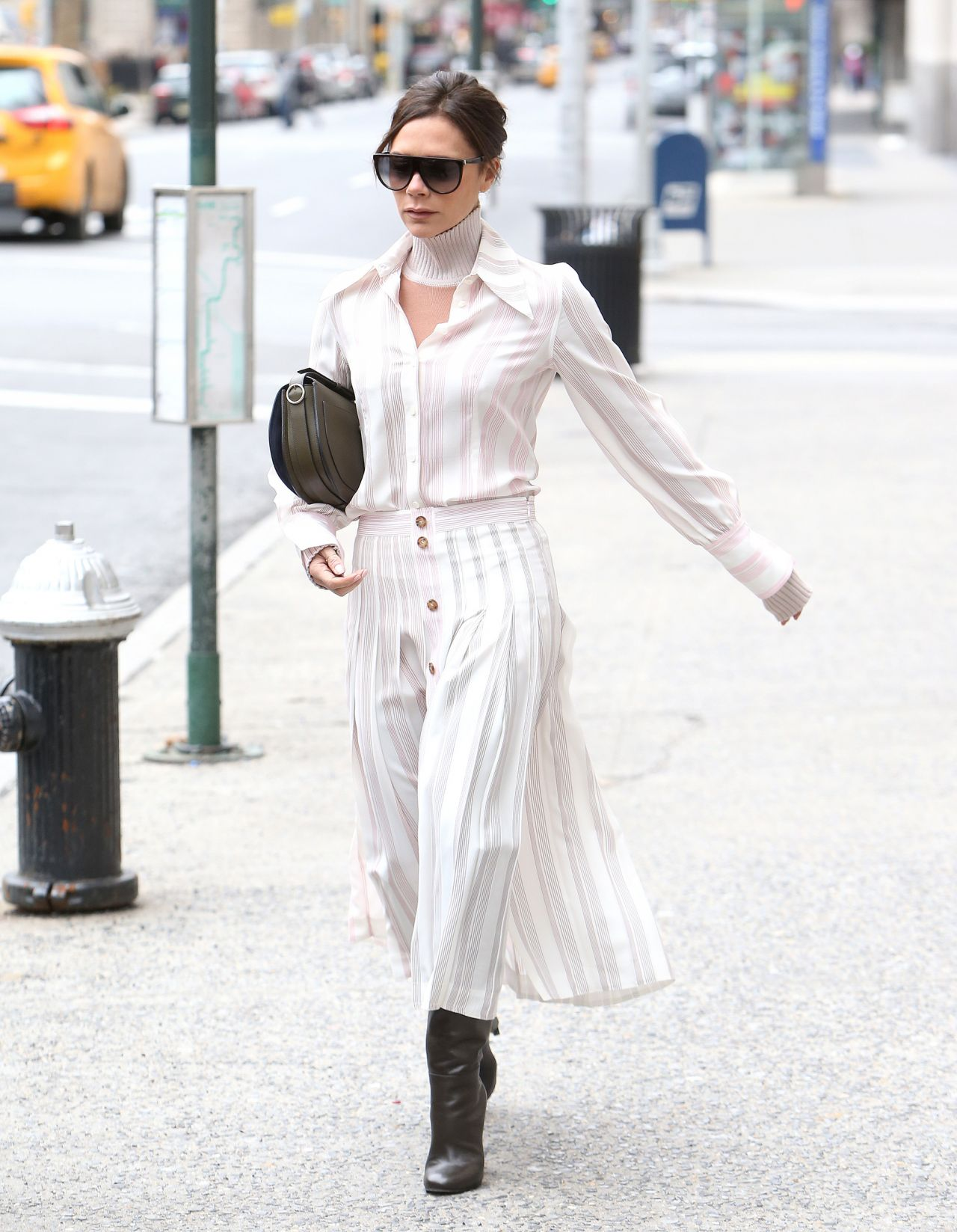 Victoria Beckham And David Beckham Out In New York City 03