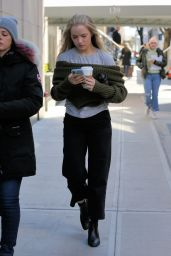 """Willa Fitzgerald - """"The Goldfinch"""" Set in New York City 03/11/2018"""