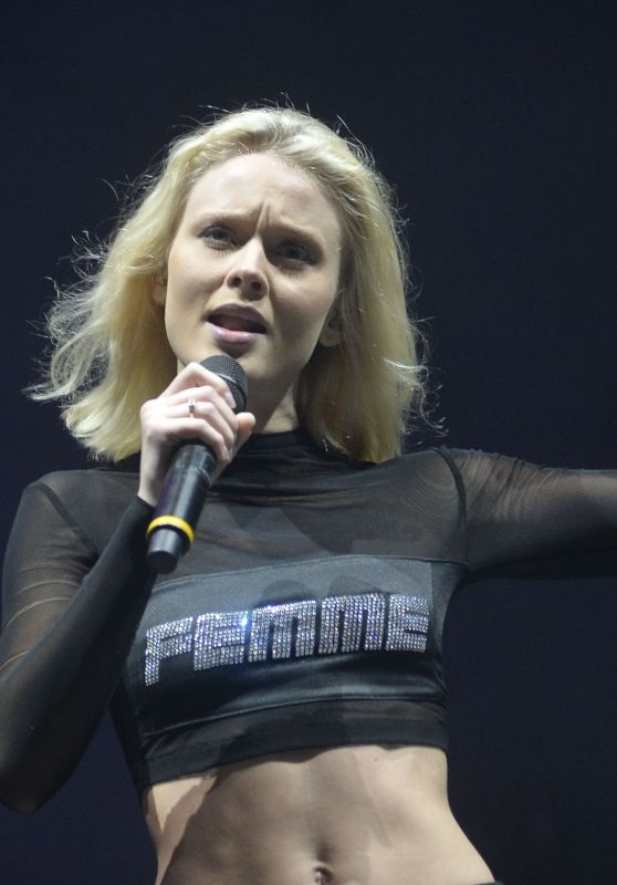 Zara Larsson Performs at the Lollapalooza 2018 Festival in Sao Paulo