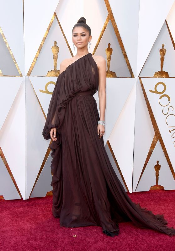 Zendaya Coleman – Oscars 2018 Red Carpet