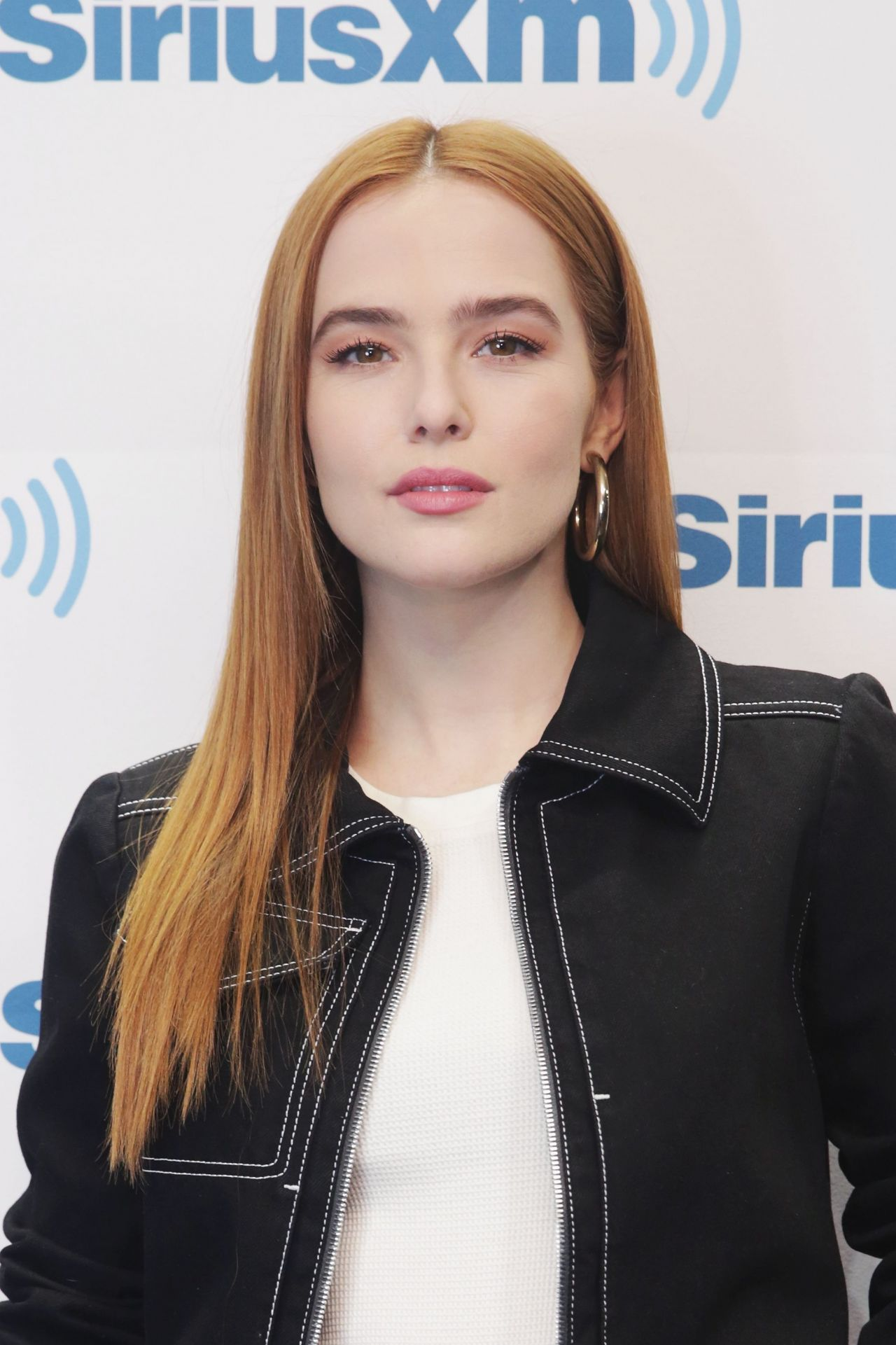 http://celebmafia.com/wp-content/uploads/2018/03/zoey-deutch-at-siriusxm-studios-in-nyc-03-20-2018-1.jpg