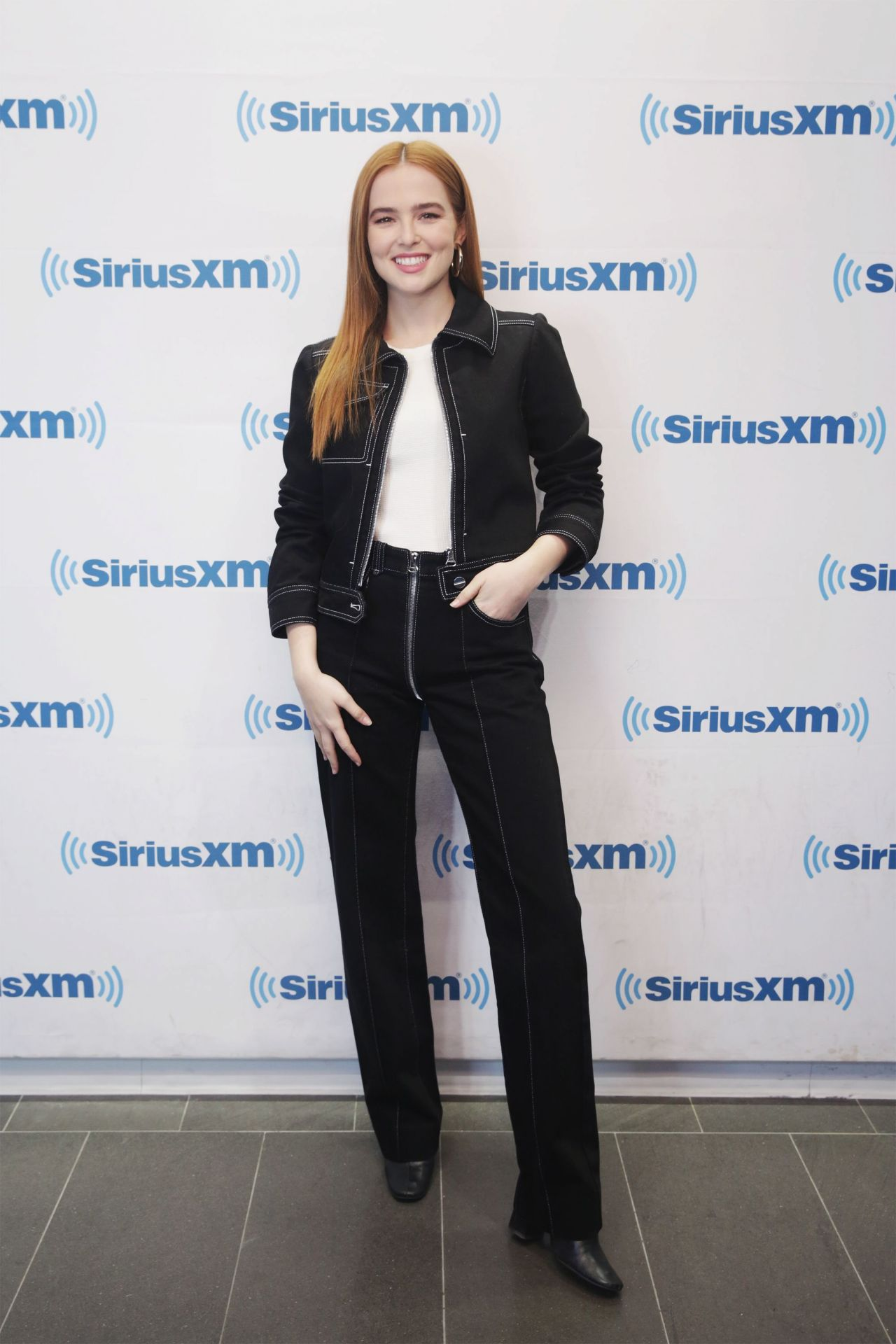 http://celebmafia.com/wp-content/uploads/2018/03/zoey-deutch-at-siriusxm-studios-in-nyc-03-20-2018-4.jpg