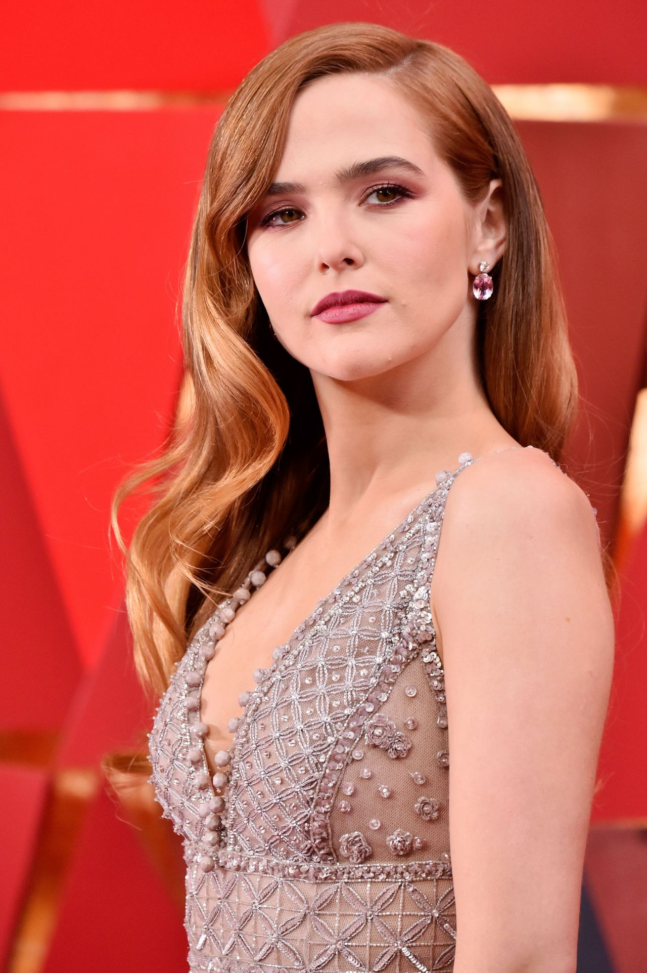 Zoey Deutch Oscars 2018 Red Carpet