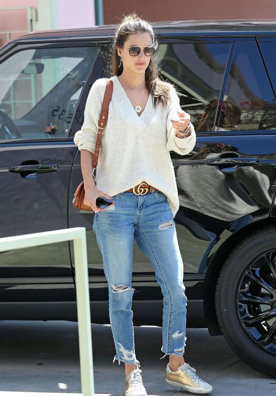 Alessandra Ambrosio Heads to Lunch at The Ivy in Santa Monica 04/19/2018