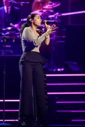 "Alessia Cara – ""Elton John: I'm Still Standing – A Grammy Salute"" Concert in New York 03/30/2018"