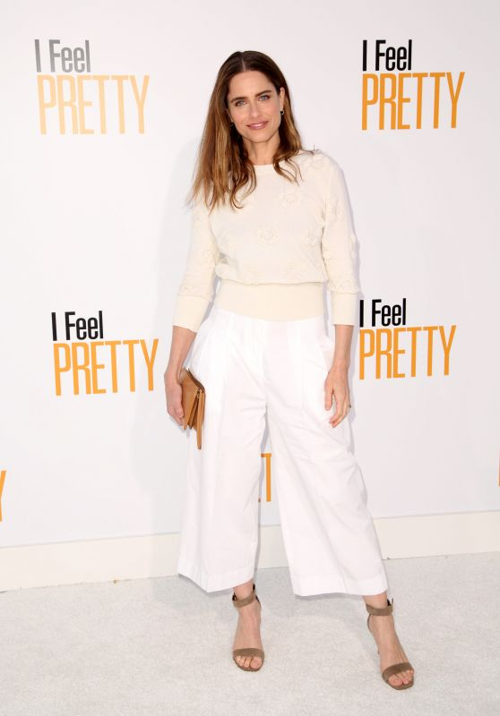 "Amanda Peet – ""Feel Pretty"" World Premiere in Westwood"