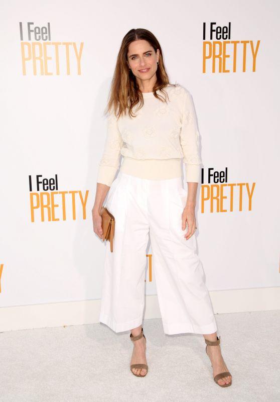"Amanda Peet – ""Feel Pretty"" World Premiere in Westwood"