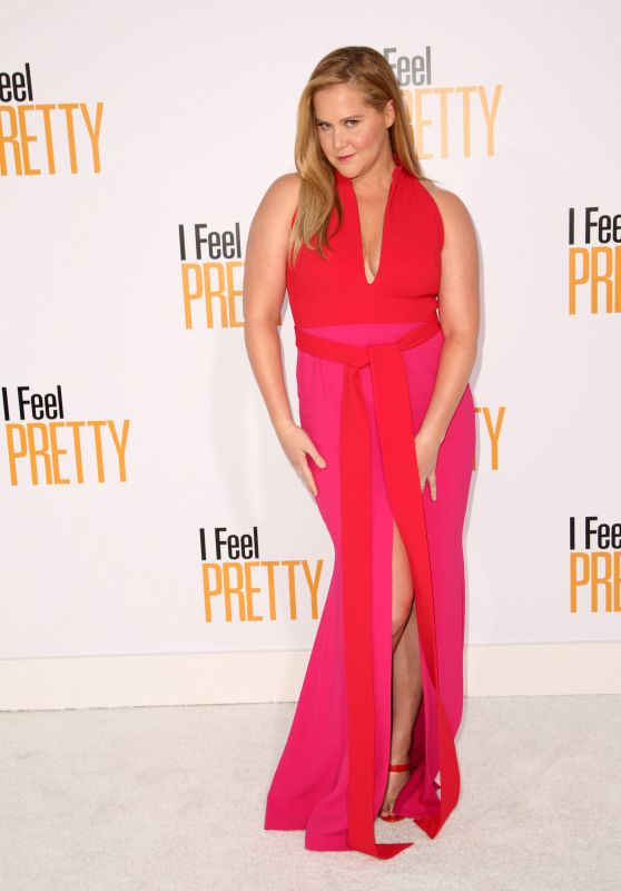 "Amy Schumer – ""Feel Pretty"" World Premiere in Westwood"