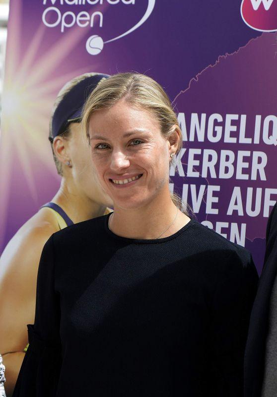 Angelique Kerber - Mallorca Open Tennis Press Conference 04/10/2018