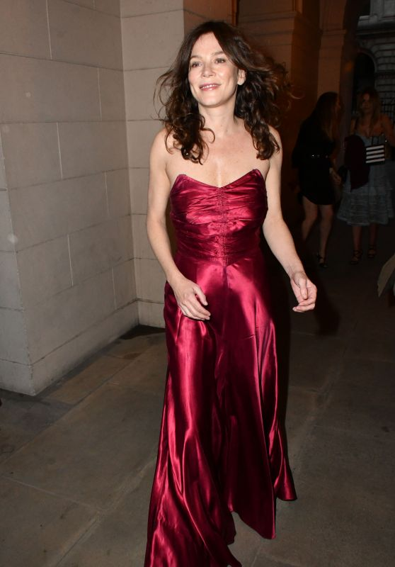Anna Friel at the English National Opera in London 04/19/2018